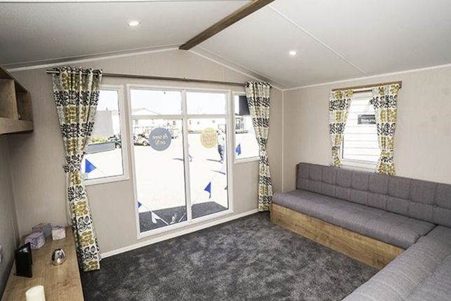 Thumbnail Mobile/park home for sale in Arkholme, Carnforth