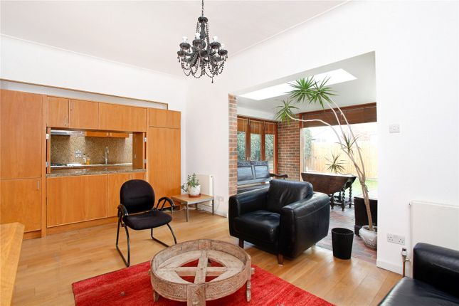 5 bed property for sale in Crescent Gardens, London