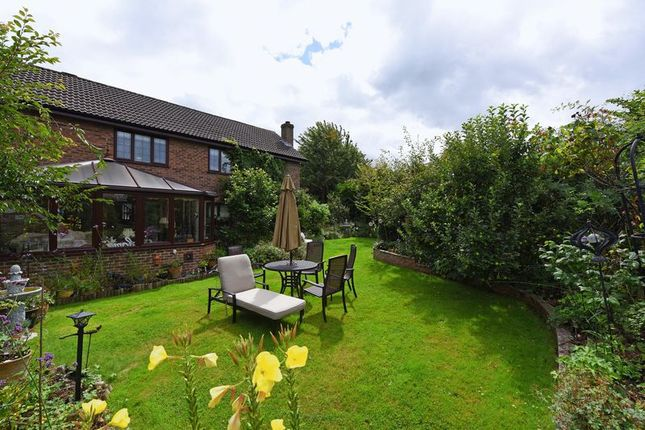 Thumbnail Detached house for sale in Ramptons Meadow, Tadley