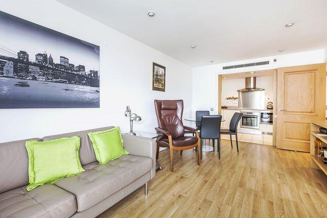 Thumbnail Flat to rent in Sheldon Square, London