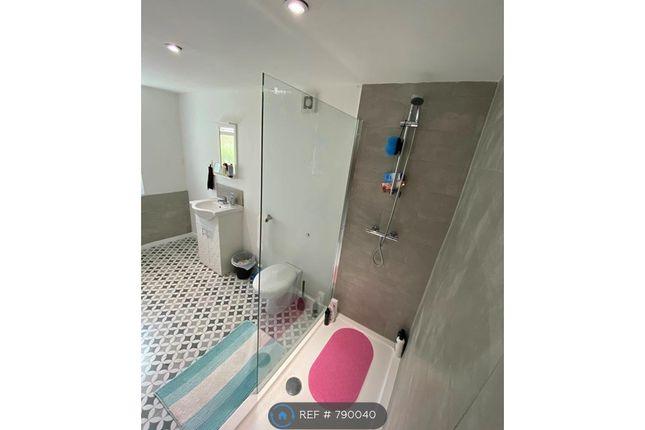 Example Finish Bathroom