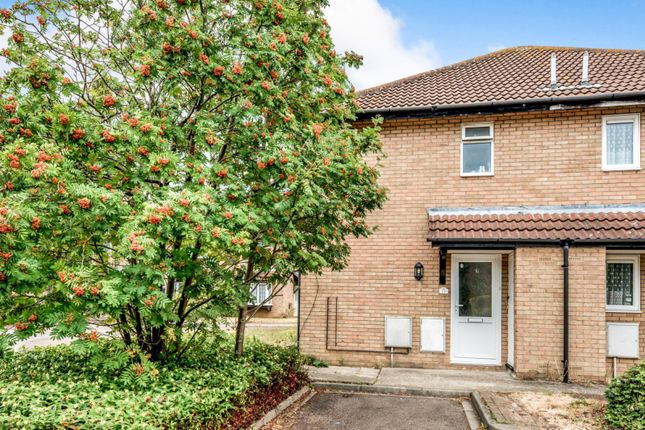 2 bed terraced house to rent in Odell Close, Kempston, Bedford MK42