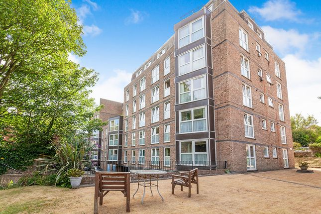 Thumbnail Flat to rent in Cumberland Gardens, St. Leonards-On-Sea