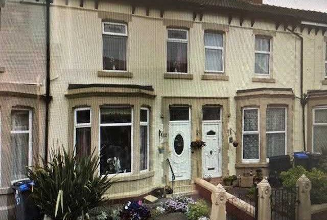 4 bed terraced house to rent in Warbreck Drive, Bispham, Blackpool FY2