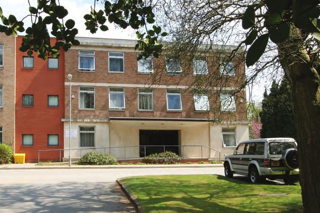 Thumbnail Office to let in The Business Centre, Hooton Road, Hooton, Cheshire