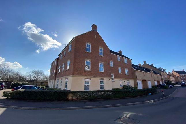 Thumbnail Flat for sale in 290 Longacres, Bridgend