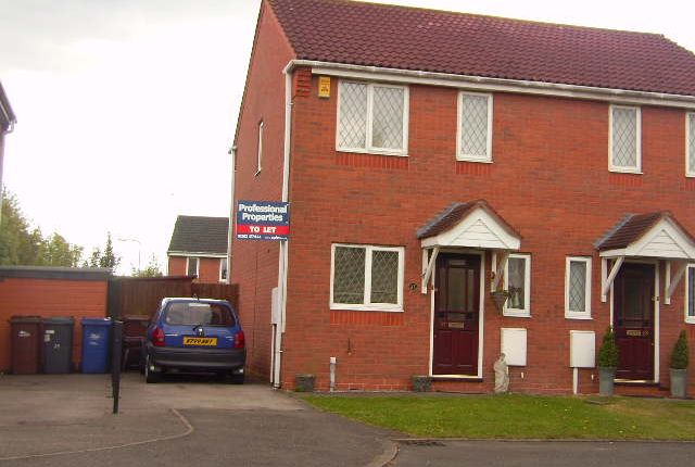 2 bed semi-detached house to rent in Harrison Close, Branston, Burton-On-Trent