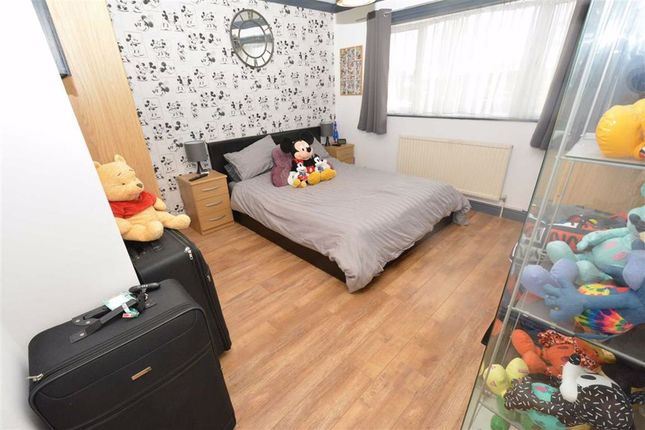 Master Bedroom: of Northwood, Chadwell St Mary, Essex RM16