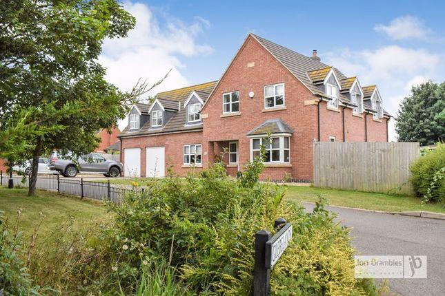 5 bed detached house for sale in Glebelands, North Muskham, Newark NG23