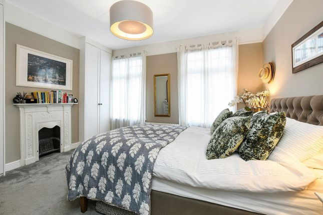 Bedroom of Magnolia Road, Chiswick W4