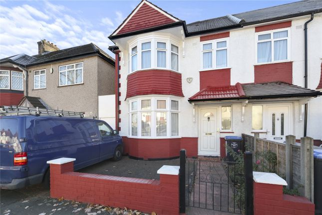 Thumbnail Property to rent in Leigh Gardens, London