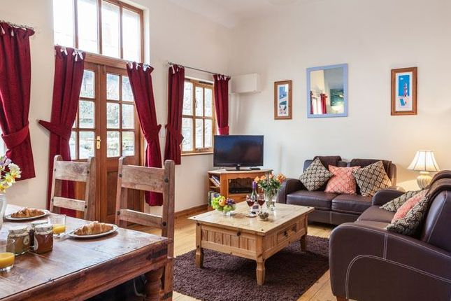 Thumbnail Barn conversion to rent in Gulval Churchtown, Penzance