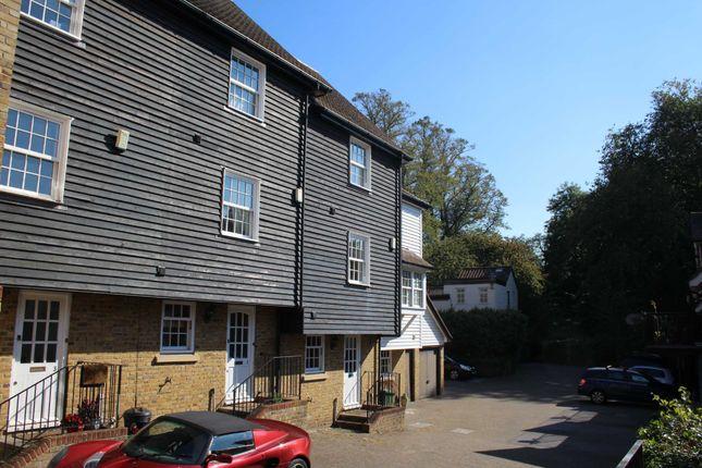 Thumbnail Town house to rent in Eugenie Mews, Chislehurst