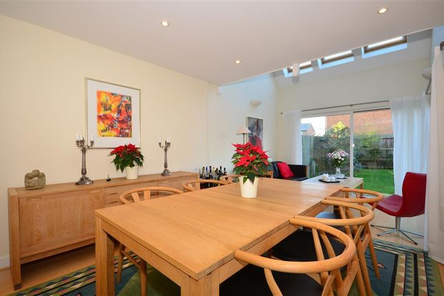 Thumbnail Town house for sale in Holmesdale Avenue, Redhill, Surrey