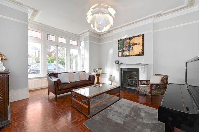 Thumbnail Semi-detached house to rent in The Avenue, Ealing