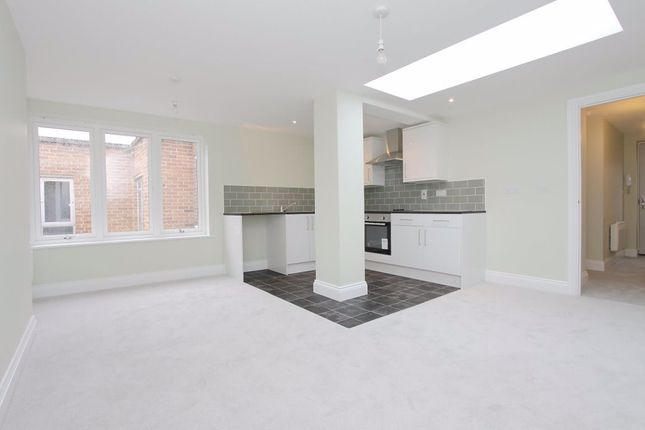 Thumbnail Flat to rent in High Street, Andover