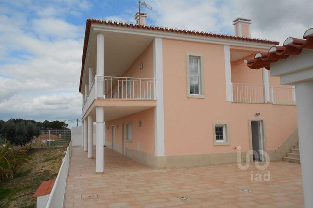 Detached house for sale in Santa Catarina, Santa Catarina, Caldas Da Rainha