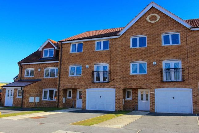 Thumbnail Property for sale in Kingfisher Drive, Wombwell, Barnsley