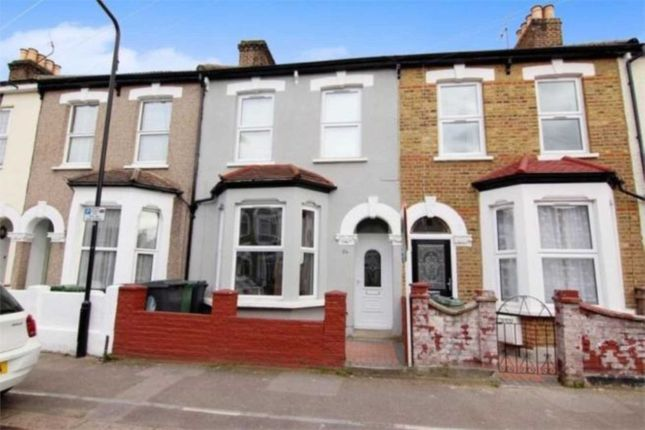 Thumbnail Terraced house to rent in Buxton Road, London