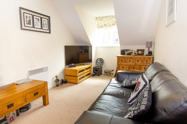 Thumbnail Flat to rent in Marriotts Walk, Witney
