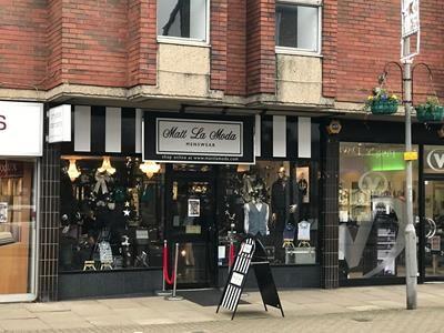 Thumbnail Retail premises to let in 12E Packhorse Road, Gerrards Cross, Buckinghamshire