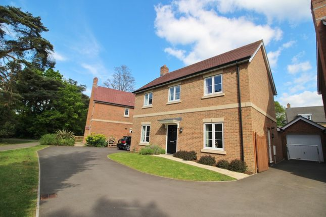 Thumbnail Detached house for sale in Mansion House Close, Sarisbury Green, Southampton