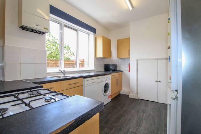 5 bed flat to rent in Dominion Parade, Station Road, Harrow-On-The-Hill, Harrow HA1