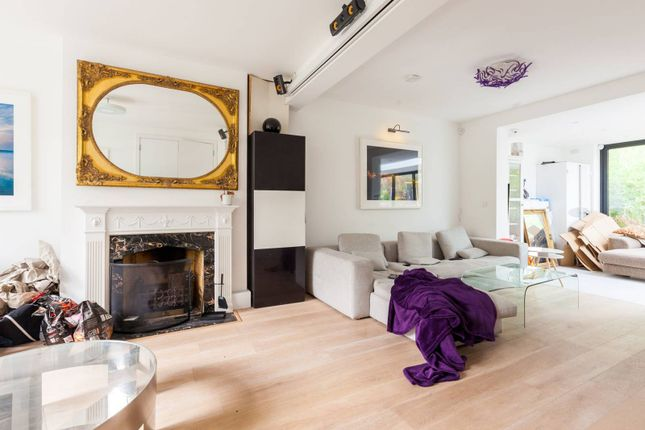 Thumbnail Property for sale in Hartham Close, Hillmarton Conservation Area, London