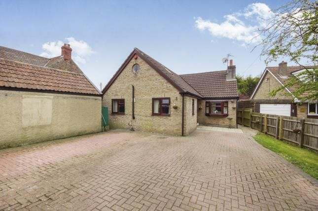 Thumbnail Bungalow for sale in Lodge Road, Yate, Bristol, Gloucestershire