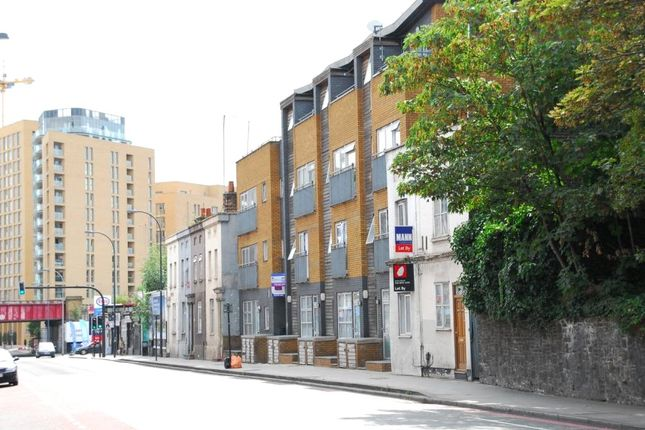 Picture No. 12 of Angel Court, 11 Loampit Hill, London SE13