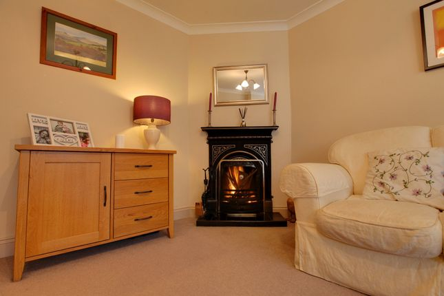 Thumbnail Semi-detached house for sale in Forebury Avenue, Sawbridgeworth