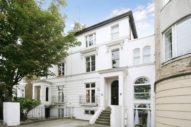 3 bed flat for sale in Gunter Grove, Chelsea