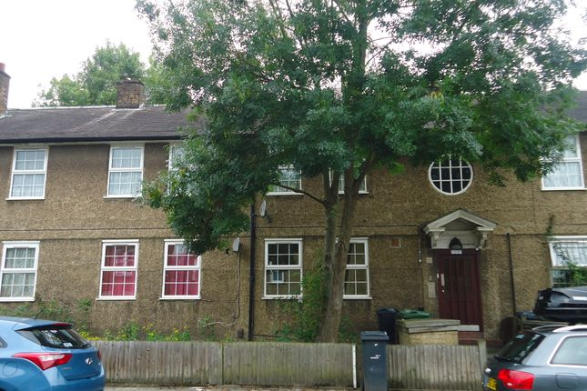 Thumbnail Flat to rent in St Gothard Road, West Norwood