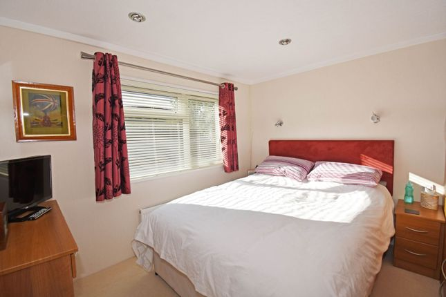 Bedroom of Edgley Country Park, Guildford GU5