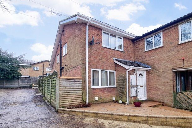 3 bed property to rent in Sycamore Close, Poole BH17