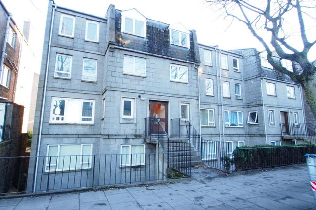 Exterior of Fonthill Road, Top Floor AB11