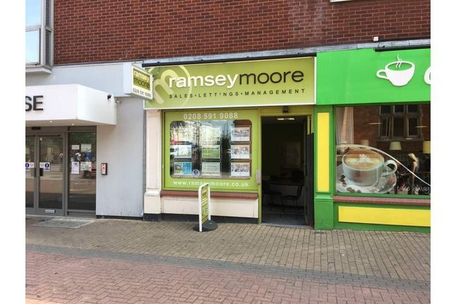 Thumbnail Office to let in 4 Clockhouse Parade, Barking