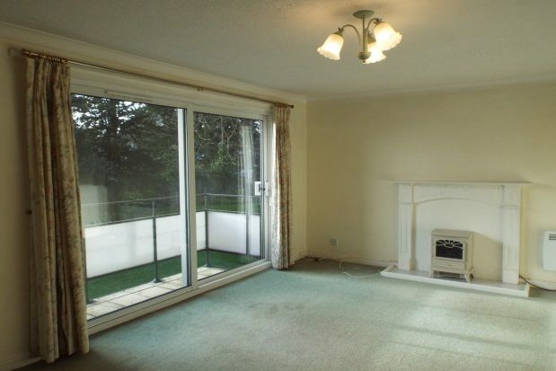 Thumbnail Flat to rent in Westover Gardens, Westbury-On-Trym, Bristol