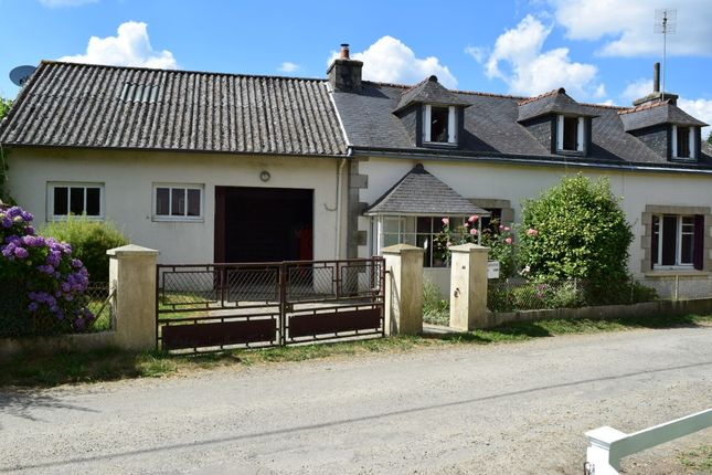 Thumbnail Detached house for sale in 56110 Roudouallec, Morbihan, Brittany, France