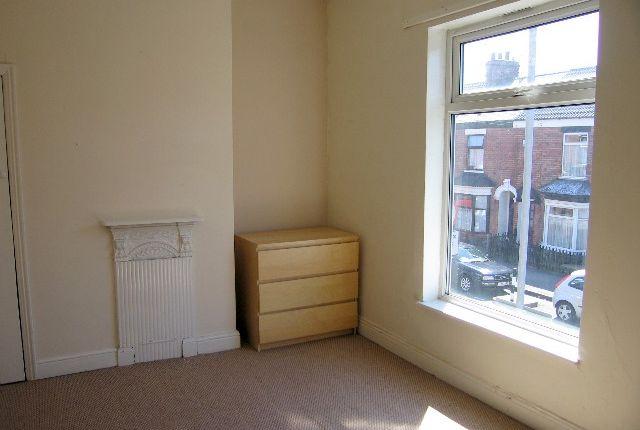 Bedroom 1 of Newstead Street, Hull HU5
