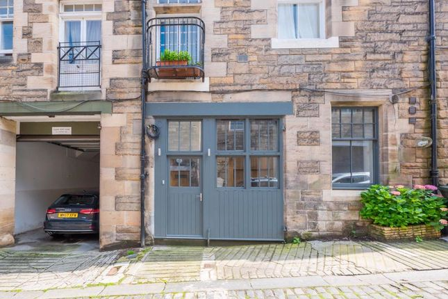 Thumbnail Flat to rent in Rothesay Mews, West End