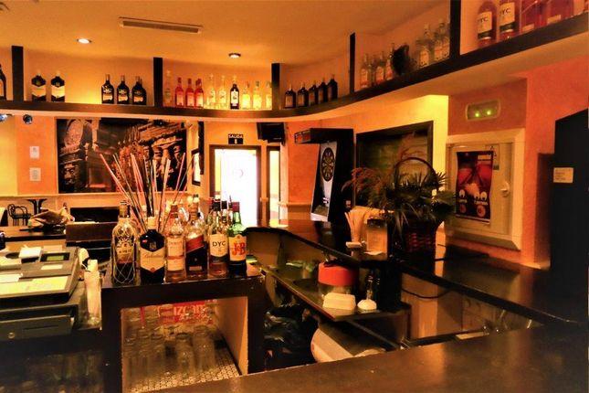Thumbnail Pub/bar for sale in Paseo Maritimo Fuengirola, Málaga, Andalusia, Spain