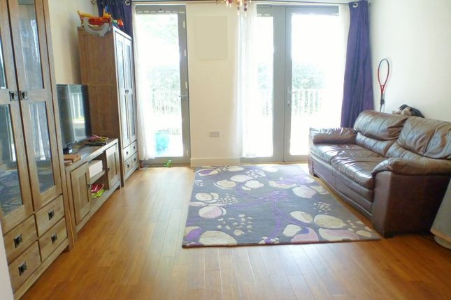 Thumbnail Flat to rent in Parkside Court, 15 Booth Road, London