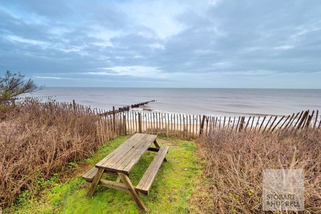 Idyllic of Beach House, Doggetts Lane, Happisburgh, Norfolk NR12