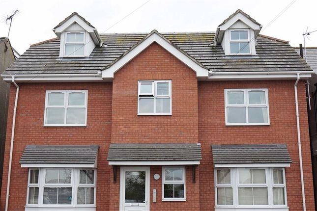 Thumbnail Studio to rent in Chickerell Road, Weymouth, Dorset