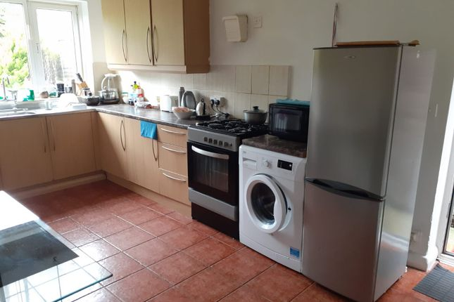 Thumbnail Room to rent in Salmon Street, Wembley Park