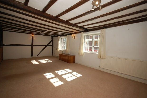 Thumbnail Flat to rent in Central Parade, High Street, Wadhurst