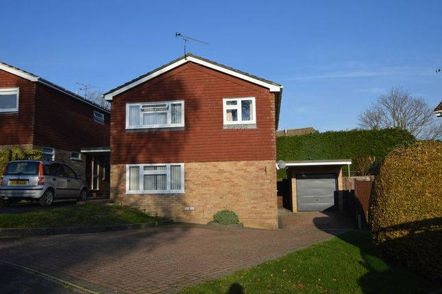 Thumbnail Detached house for sale in Eagle Close, Alton, Hampshire