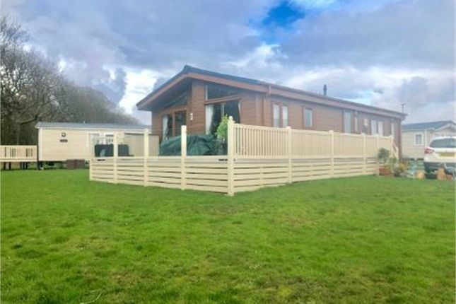 Meridean Way, Sand Le Mere Holiday Village, Tunstall, East Riding Of Yorkshire HU12