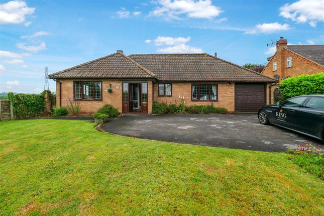 Thumbnail Detached bungalow for sale in Wood Lane, New End, Astwood Bank